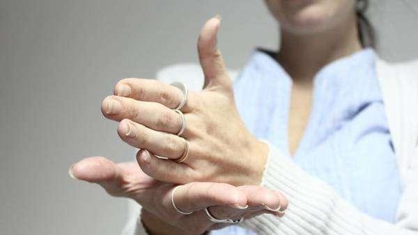 Clase abierta de lengua de señas en Pan de Azúcar; sábado 12 en la plaza